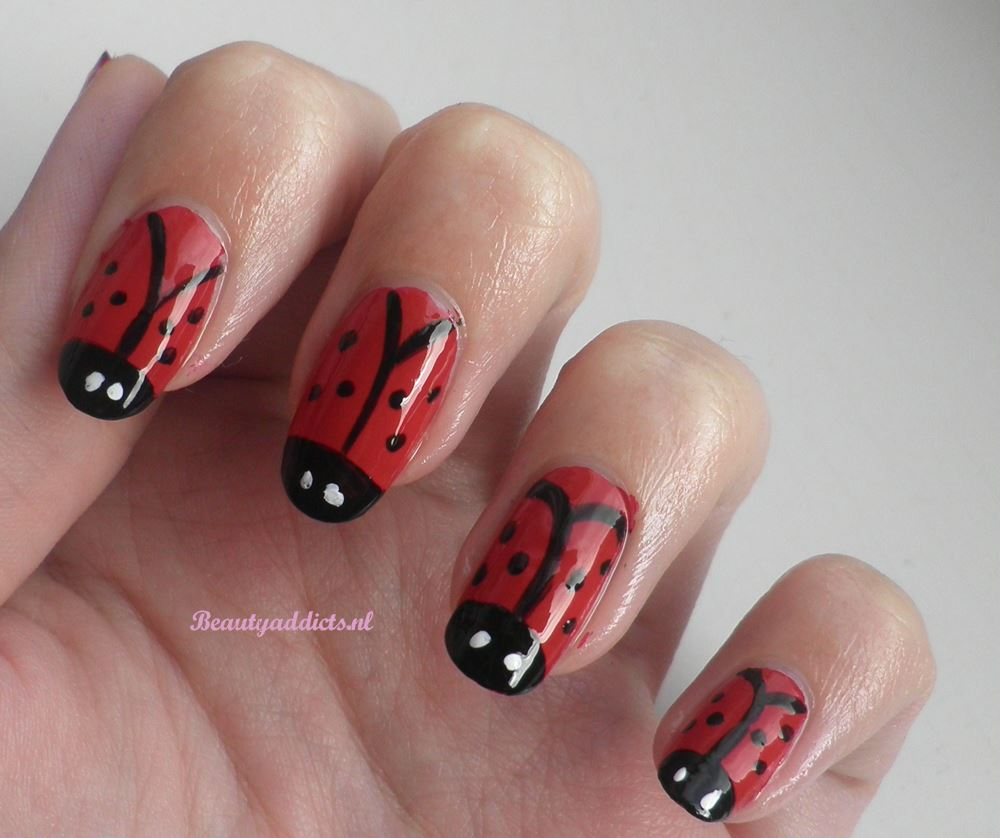 Nail art: lieveheersbeestjes - Beautyaddicts - Beauty, fashion ...