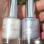 Essence meet me at holografics nail polish