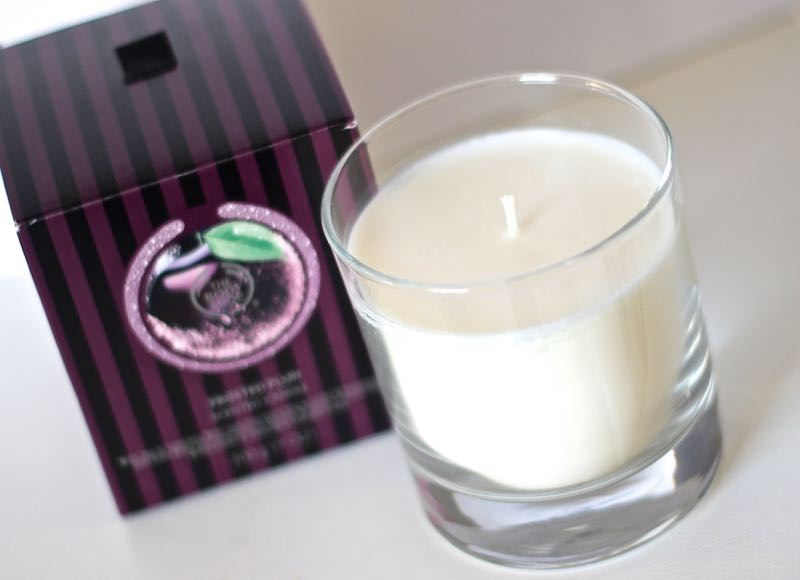 The Body Shop Frosted Plum geurkaars
