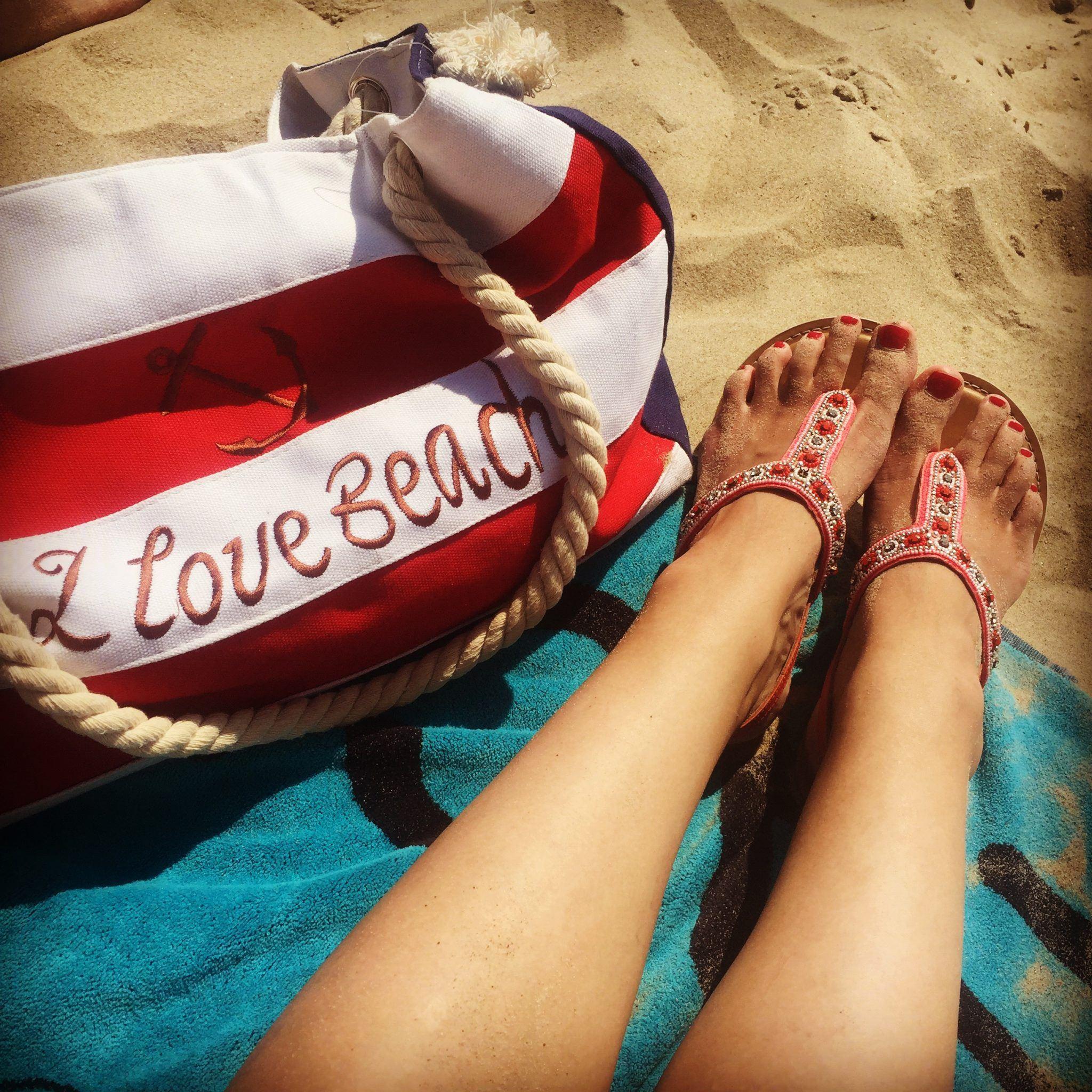 Laura's Life 4 beach